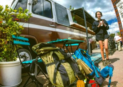 backpack-bus-camping-8918