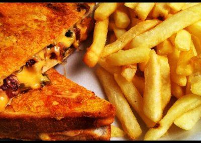 Chips & Toastie